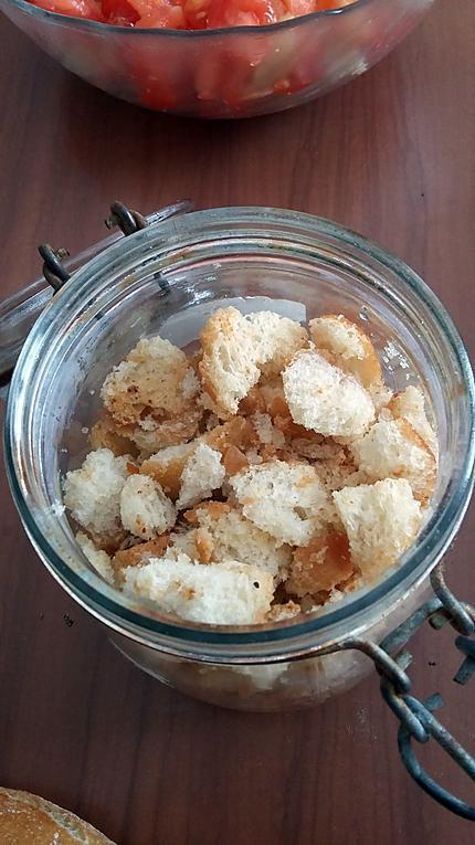 recette Croûtons à l ail pour salade ou soupe