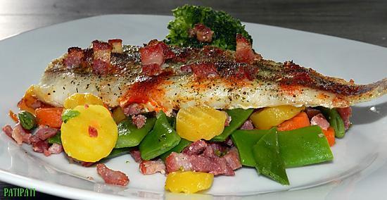 recette Filet de merlan aux lardons sur son nid de légumes