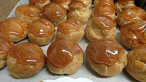 recette Petits choux dessert ( avec le caramel beurre salé )