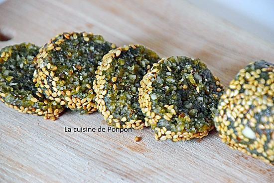 recette Barre énergétique aux noix de macadamia et spiruline, vegan