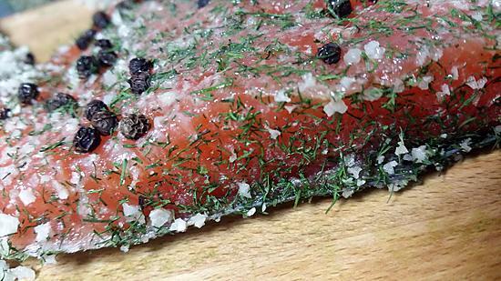 recette Gravlax de saumon aux herbes fraiches