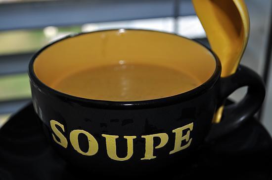 recette de soupe de l gumes maison de saison automne hiver. Black Bedroom Furniture Sets. Home Design Ideas