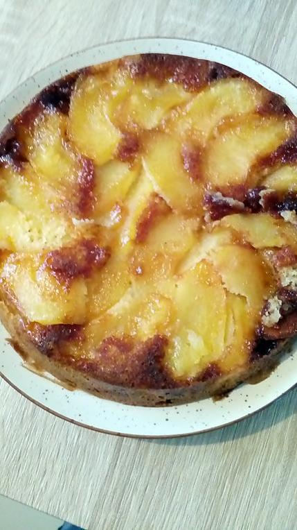 recette gateau aux pommes caramélisées