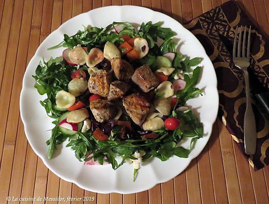 recette Brochettes de porc au four et salades à la grecque +