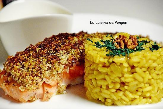 recette Saumon en croûte de fruits secs nappé de sauce hollandaise Potier