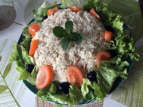 recette de salade de riz au thon par d lice orient. Black Bedroom Furniture Sets. Home Design Ideas