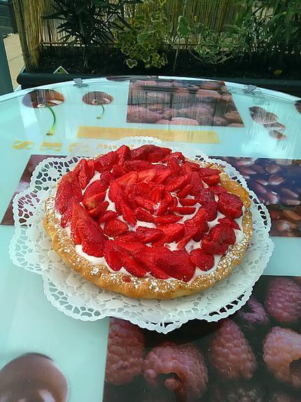recette Tarte aux fraises feuilletée et crème fouettée aux fraises