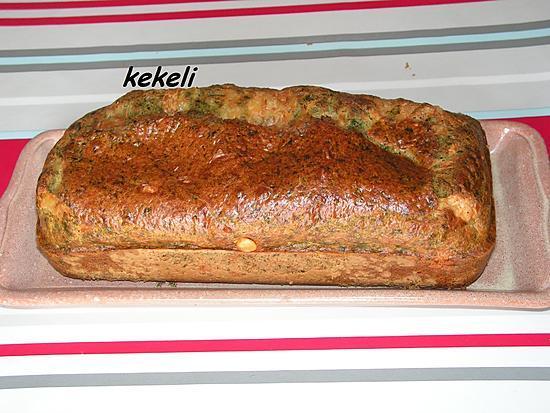 recette Cake aux orties, à la ciboulette et à l'emmental