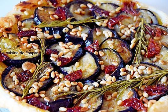 recette Tatin d'aubergines, tomates séchées, pignons et moutarde douce, végétarien