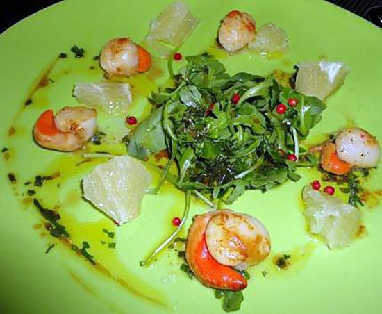 Recette de saint jacques poelees en salade vinaigrette aux agrumes et aux epices - Saint jacques aux agrumes ...