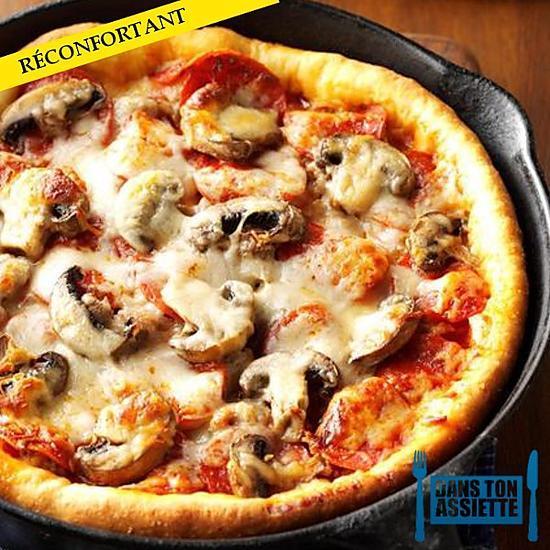 recette PIZZA À LA POÊLE