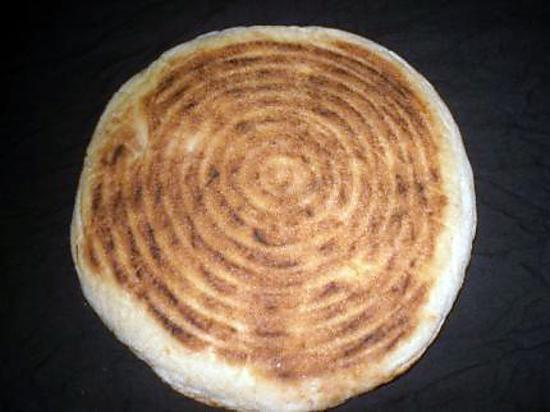 """recette Pain algerien dit """"pain tajine""""ou """"matloue"""""""