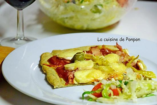 recette Pizza tomate, jambon, fromage