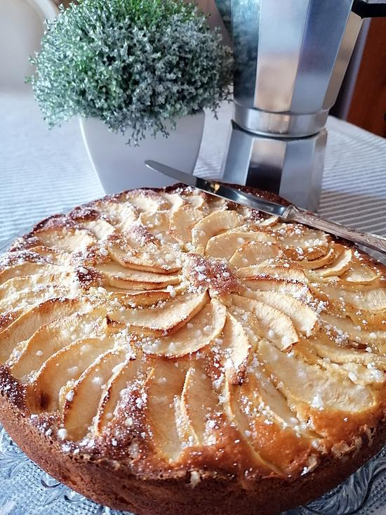 recette Gâteau moelleux au yaourt et aux pommes