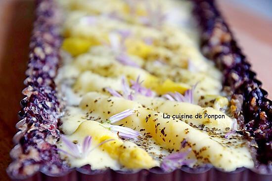 recette Tarte en croûte de riz à la crème d'artichaut, asperges et mozza, sans farine, végétarien