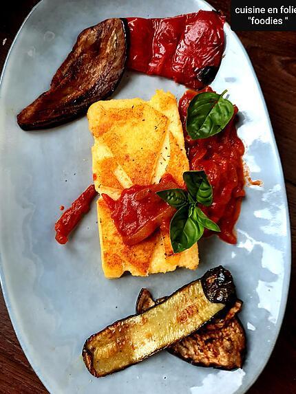 recette Polenta croustillante, poivrons épicés et légumes grillés