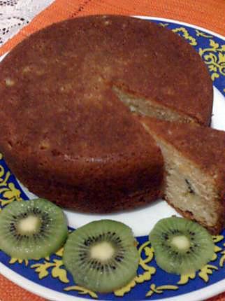 Gateau au kiwi et poudre d'amande