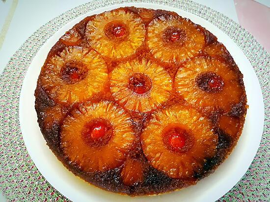 recette Gâteau fondant renversé à l'ananas et à la noix de coco