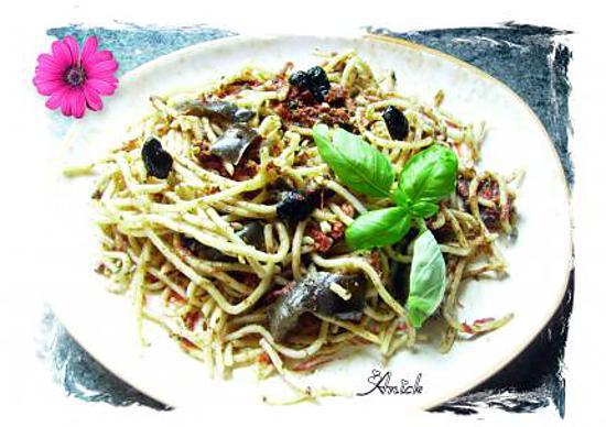 recette spaghetti guitare aux olives et aux aubergines