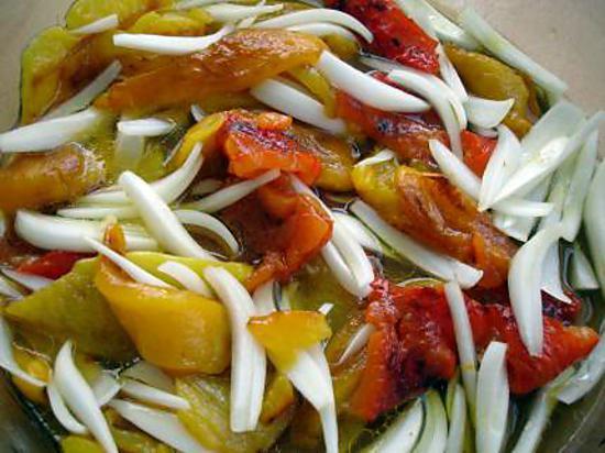 Recette de poivrons en salade - Salade de poivron grille ...