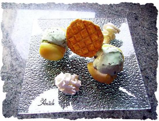 recette d 39 abricots en cabochon glace menthe p pites de chocolat. Black Bedroom Furniture Sets. Home Design Ideas