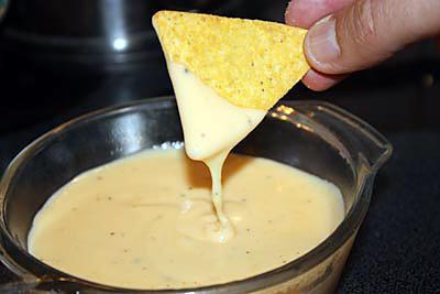 Recettes nachos - Sauce fromagere tacos recette ...