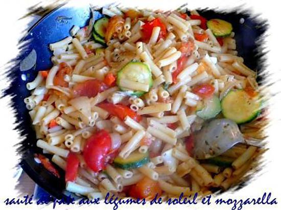Recette De Saute De Pate Aux Legumes Du Soleil Et Mozzarella