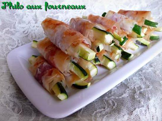 recette de b tonnets de courgettes croustillants au parmesan au jambon cru. Black Bedroom Furniture Sets. Home Design Ideas