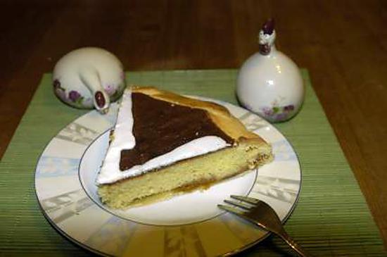 recette tarte à la frangipane et confiture d'abricot.