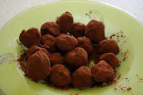 recette Truffe au chocolat ( 25 pièces environ )