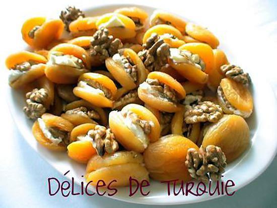 recette Abricots secs fourrés à la crème et aux noix