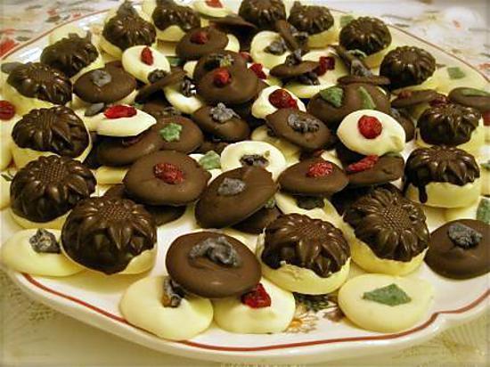 recette mendiants et bouchées de chocolat noir et blanc