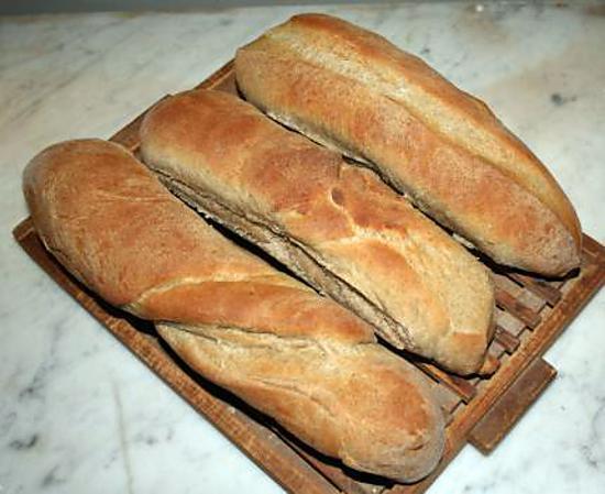 recette Pour le foie gras : Baguettes de seigle au lait briochées