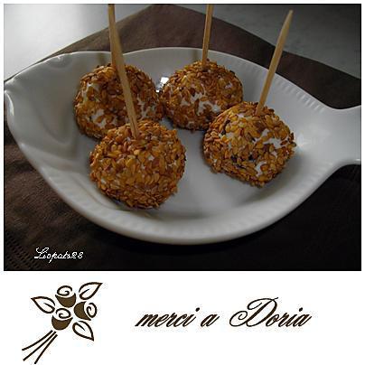 recette Sucettes de raisins aux Carrés frais et graines de Sésame