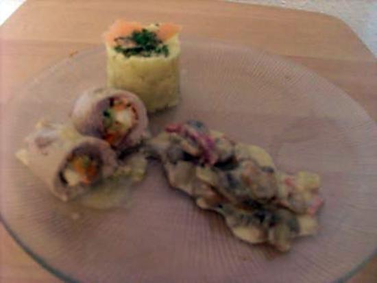 recette Balotins de porc farci saumon fromage et petits légumes en sauce et sa purée