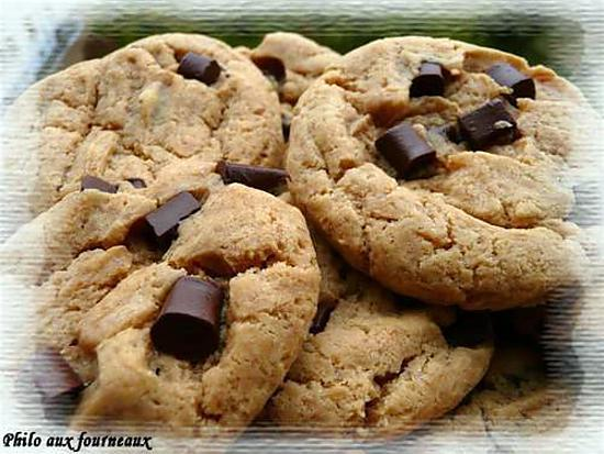 recette de cookies au beurre de cacahu tes aux p pites de chocolat. Black Bedroom Furniture Sets. Home Design Ideas