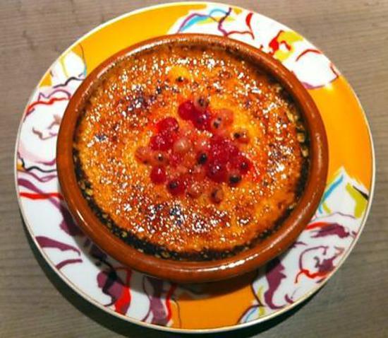 recette Crème brûlée aux fruits rouges.
