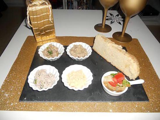 recette Mézzés caviar d'aubergine, houmous, paté de foie, mousse de thon, pain hallot