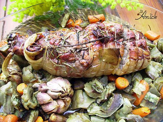 recette Epaule d'agneau roulée aux artichauts ,carottes et romarin