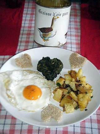 recette de oeuf au plat avec pommes de terre dor es a la graisse d 39 oie accompagn dun coeur d. Black Bedroom Furniture Sets. Home Design Ideas