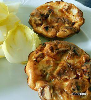 recette Mini-quiches sans pâte endives-chèvre et noix