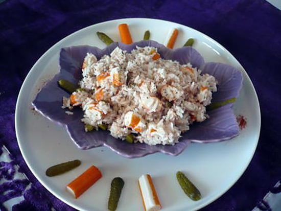 recette de salade de riz thon surimi cornichons. Black Bedroom Furniture Sets. Home Design Ideas