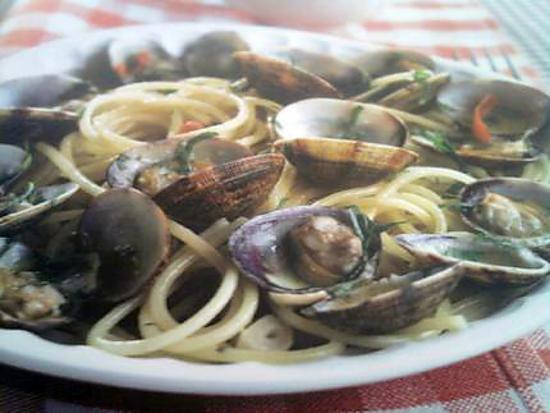 "recette Linguine alla vongole  "" Spaghetti aux palourdes """
