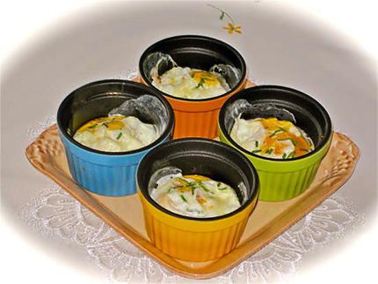 recette OEUFS AU BACON EN COCOTE