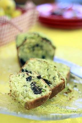 recette Cake pistaches et gros carrés de chocolat