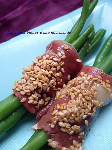 recette Petits fagots de haricots verts aux magrets de  canard, miel et graines de sésame