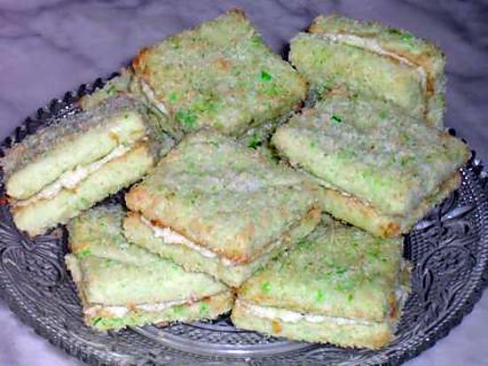 recette Biscuits à la Noix de Coco Fourrés à la Crème