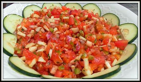 Recette d 39 ezme 39 salade de tomates turque 39 - Salade de tomates simple ...