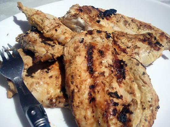 recette Blanc de poulet au yahourt nature et curry pour Barbecue