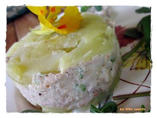 recette Millefeuille de pommes de terre et mousse de thon fumé au fromage de Mme LOIC